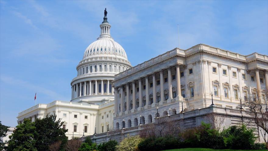 Senadores de EEUU a Europa: No eludan sanciones contra Irán