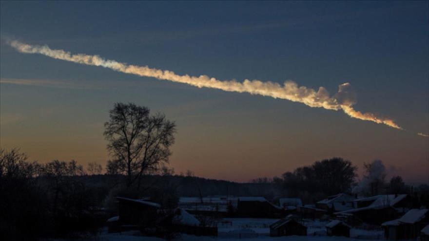 El paso de un asteroide sobre la ciudad de Cheliábinsk, Rusia, 15 de febrero de 2013