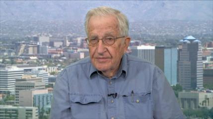 Chomsky: Israel interfirió más que Rusia en elecciones de EEUU