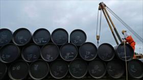 Sube el precio del petróleo por incertidumbre sobre crudo de Irán