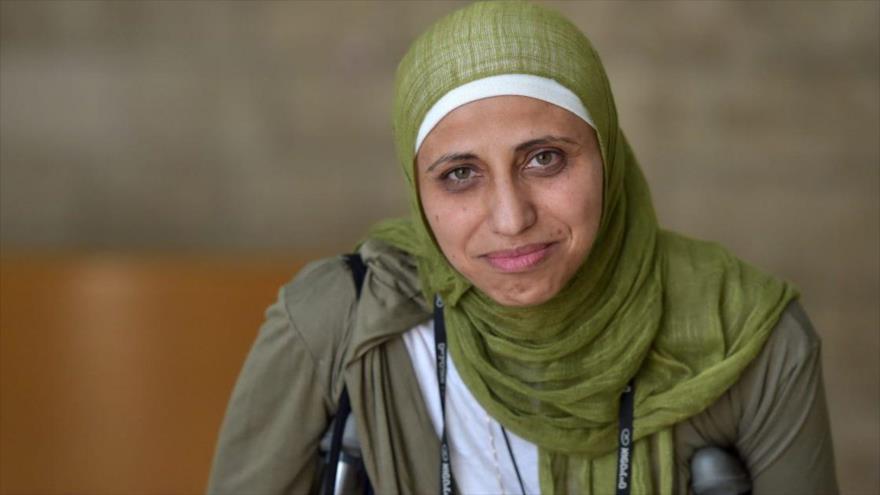 Israel condena a una poetisa palestina a 5 meses de cárcel