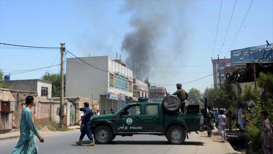 Ataque a sede gubernamental en Afganistán deja 18 muertos
