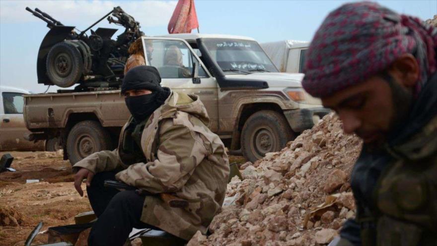 Medios: 100 000 rebeldes forman gran alianza siria contra Al-Asad