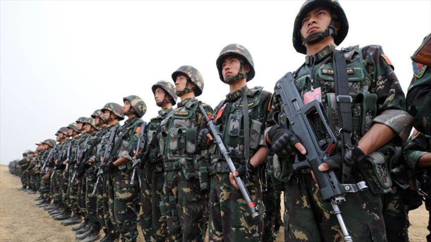 Fuerzas del Ejército chino durante una maniobra militar.