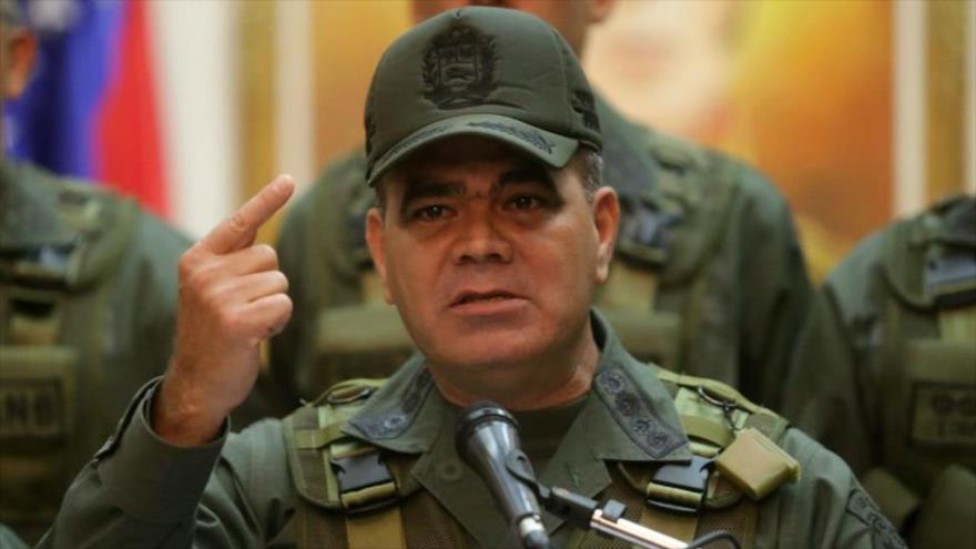 FANB apoya a Maduro y promete defender la soberanía nacional