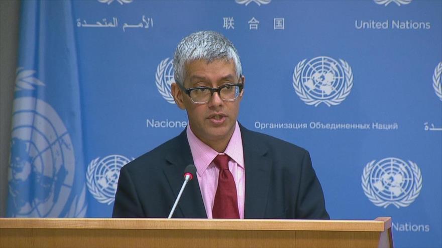 Farhan Haq, uno de los portavoces de la Organización de las Naciones Unidas (ONU), habla en una rueda de prensa.