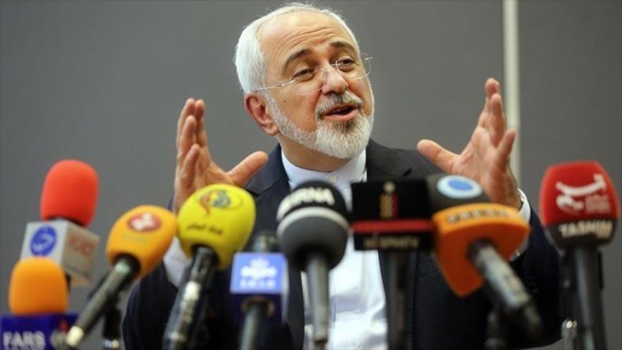 El canciller iraní, Mohamad Yavad Zarif, en una conferencia de prensa en Teherán.