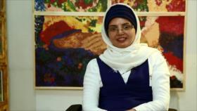 Pintora iraní que sufre de parálisis realiza su segunda exposición