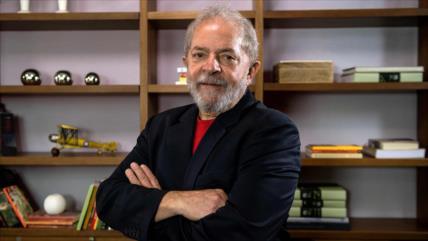 Juristas internacionales denuncian anomalías en juicio contra Lula