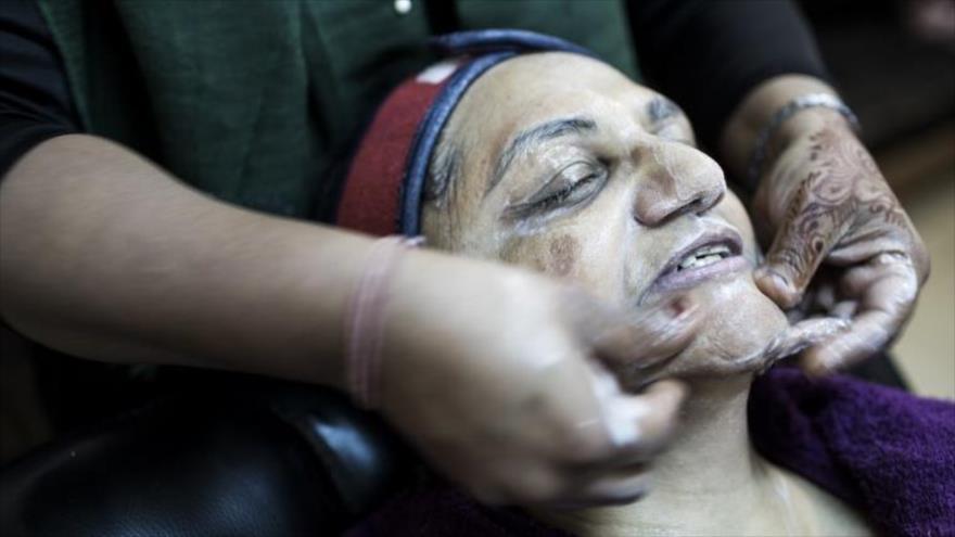 En Nigeria el 77 % de las mujeres, es decir más de 60 millones de personas, suelen utilizar a menudo productos de blanqueo de la piel.
