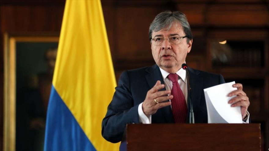 Colombia abandona Unasur por considerarla 'cómplice' del chavismo