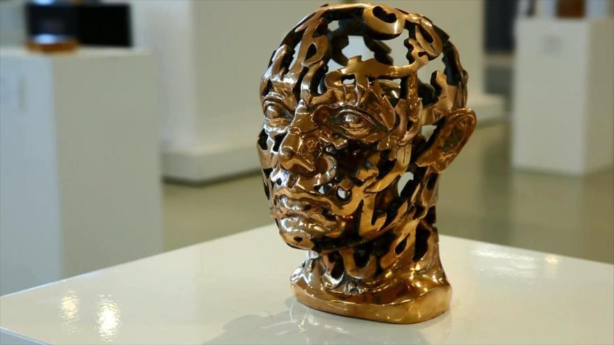 Irán celebra una exposición de escultura notable