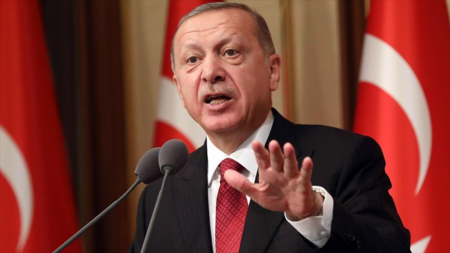 Erdogan dice que Turquía boicoteará
