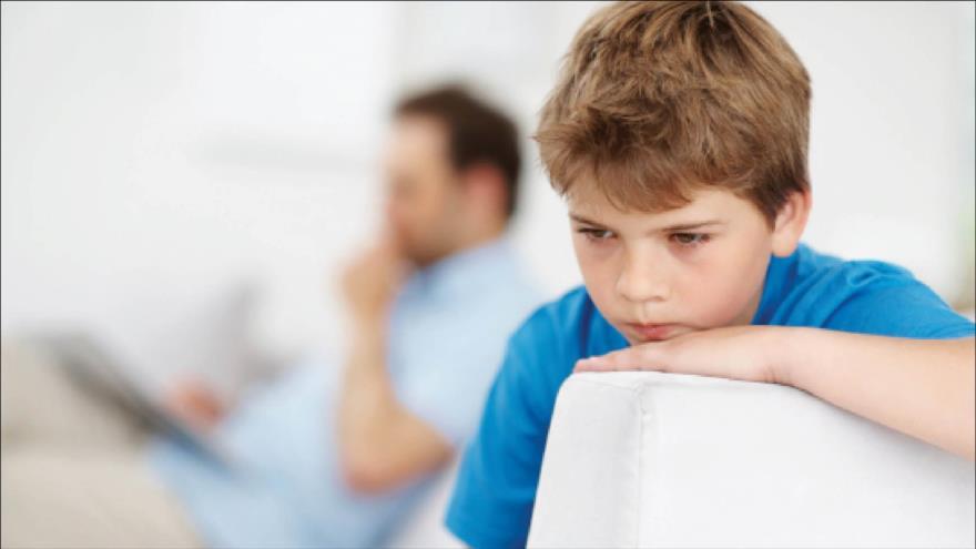 Un niño que padece autismo.