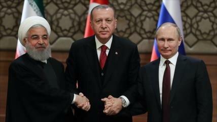 Ankara: Hostilidad de EEUU a Irán, Rusia y Turquía no funcionará