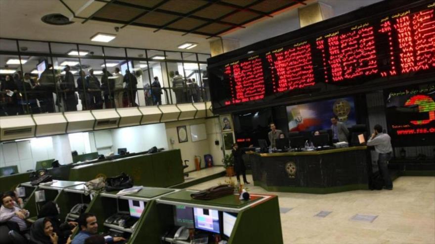 Mercado de bolsa de Teherán, capital de Irán.