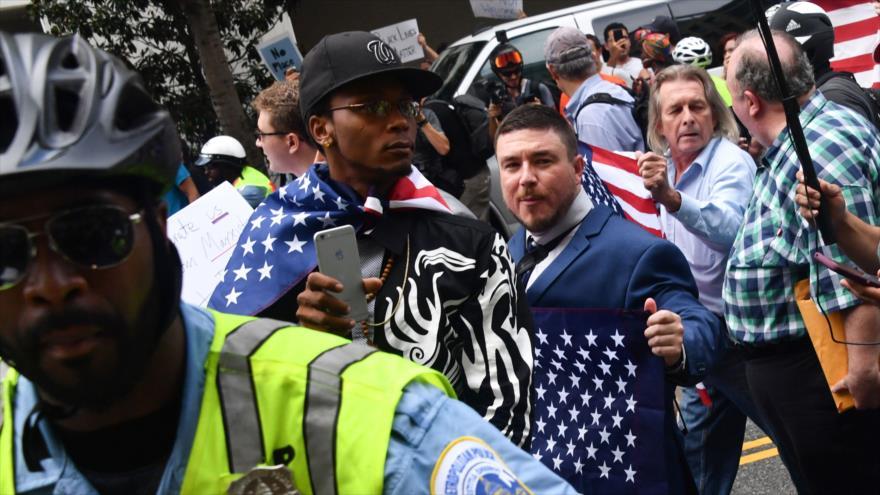 Rusia niega haber influido en las protestas de Charlottesville