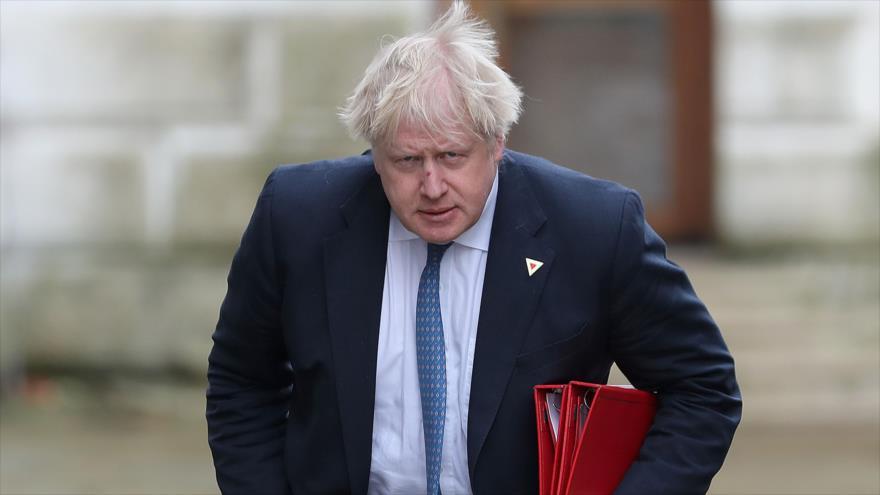 Excanciller del Reino Unido, Boris Johnson, llega a Downing Street, residencia oficial de la primera ministra.
