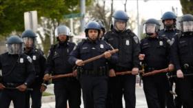 Vídeo: Un policía de EEUU golpea brutalmente a un hombre negro
