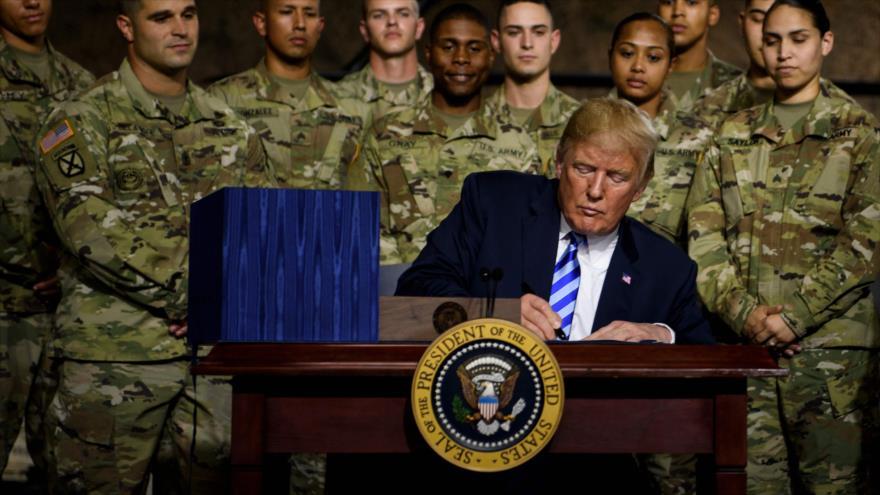 Presume Trump nuevo presupuesto militar