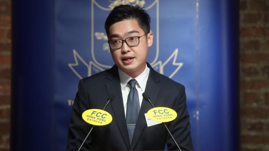 El líder independentista Hongkonés, Andy Chan Ho-tin, interviene en una conferencia en Hong Kong, 14 de agosto de 2018.