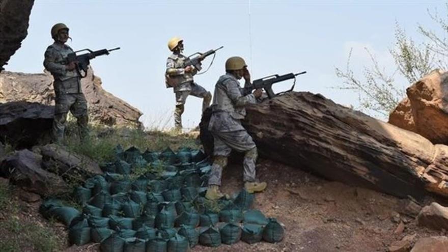 Ataque de represalia yemení contra base saudí deja tres muertos