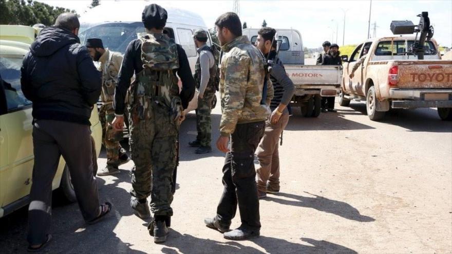 Vídeo: Espía del Ejército sirio acude a reunión de terroristas en Idlib