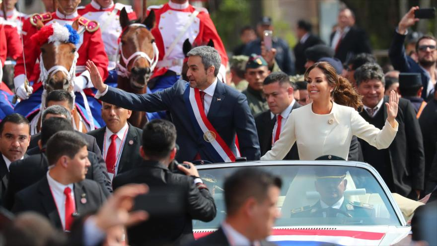 Mario Abdo Benítez jura como nuevo presidente de Paraguay