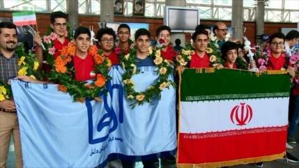 Irán consigue 16 medallas en competición robótica