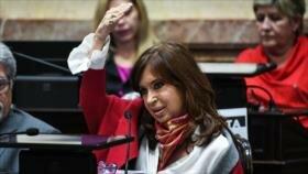 Cristina Fernández recibe apoyo del Senado en caso de corrupción