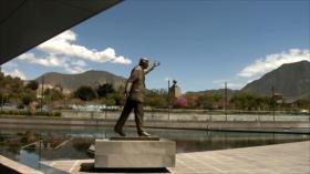 Derecha ecuatoriana pide demoler monumento a Kirchner en Unasur