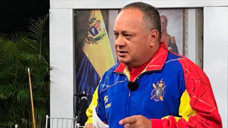 El presidente de la Asamblea Nacional Constituyente (ANC), Diosdado Cabello, durante su programa televisivo Con el Mazo Dando, 15 de agosto de 2018.