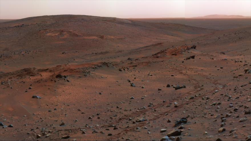 Vídeo: Descubren en Marte una posible 'base alienígena secreta' | HISPANTV
