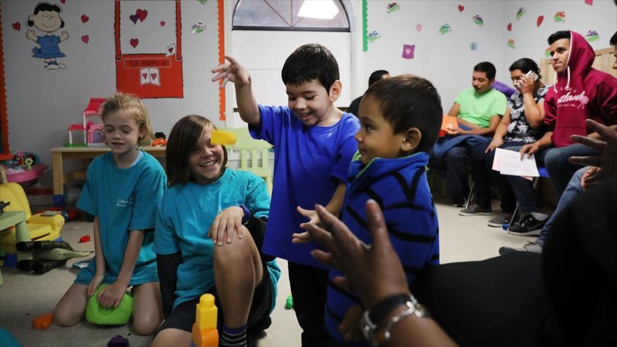 EEUU no cumple su promesa y todavía retiene a 565 niños migrantes