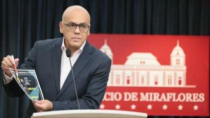 """Con bolívar soberano, Venezuela declara """"fin"""" de guerra económica"""