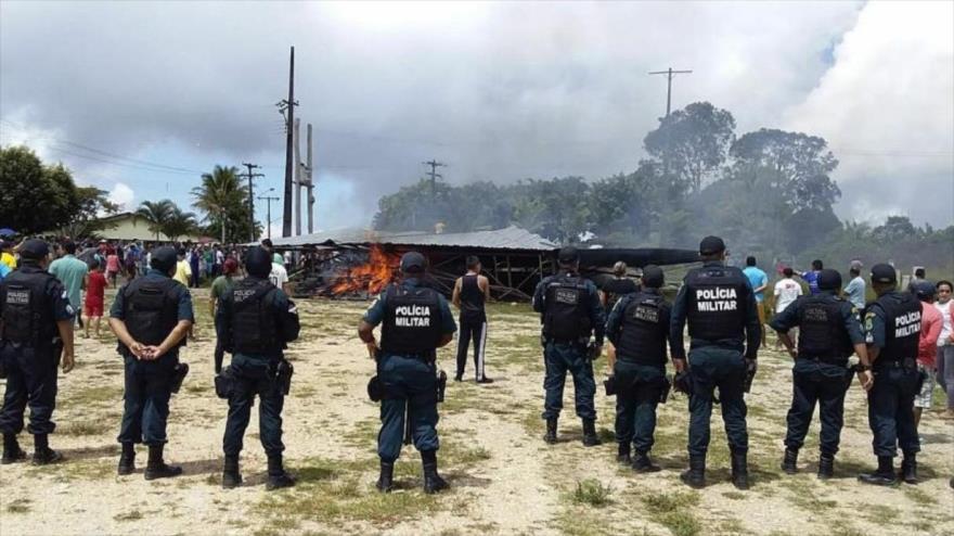 """Caracas denuncia """"desalojos masivos"""" de venezolanos en Brasil"""