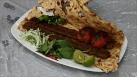 Irán: 1- Los platos típicos de Golpayegan 2- La aldea de Kandovan 3- La cascada de Kharbozan y la cueva de los murciélagos 4- Los nómadas Qashqai