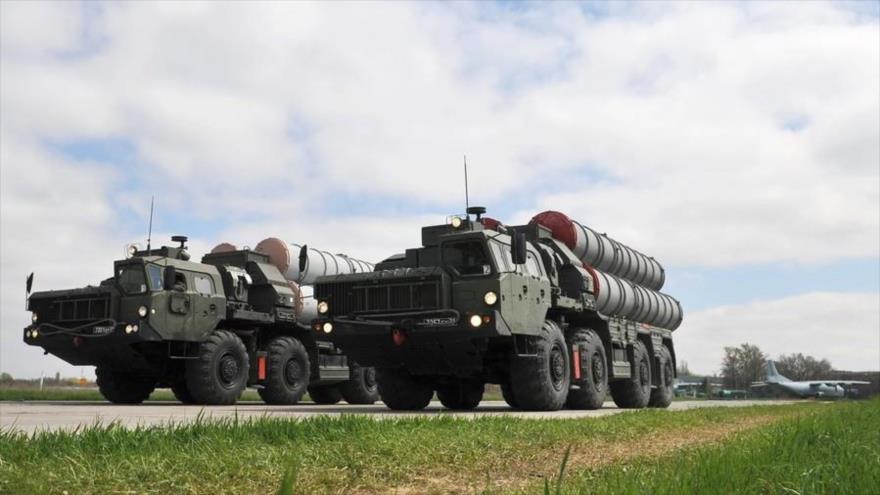 Rusia suministrará a Turquía sistemas antiaéreos S-400 en 2019
