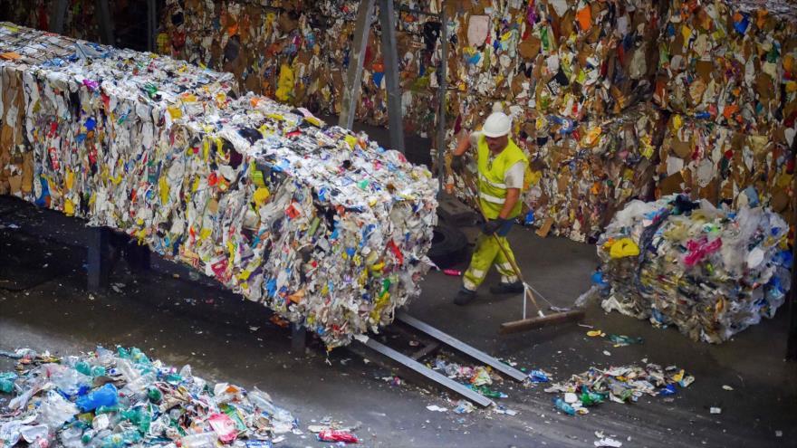 Buscan soluciones a la crisis del plástico a nivel global