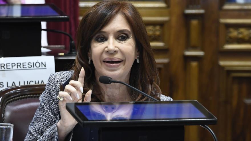 Presidenta Cristina Kirchner acusa a Macri de querer eliminarla como la dictadura