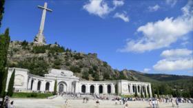 España aprueba decreto para exhumar restos del dictador Franco