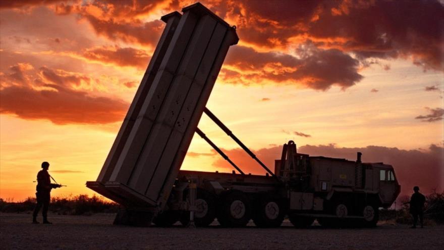 El sistema antimisiles Defensa Terminal de Área a Gran Altitud (THAAD, por sus siglas en inglés), de fabricación estadounidense.