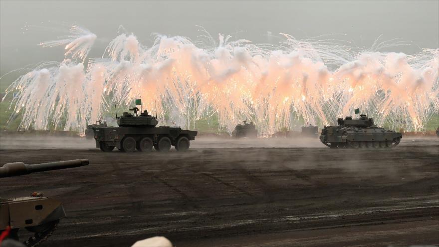 Japón busca presupuesto militar récord para repeler misiles norcoreanos