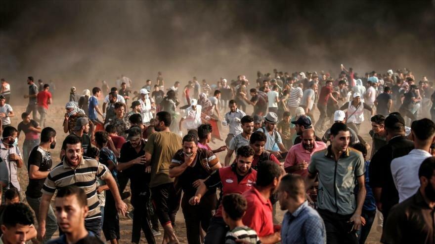 Fuerzas israelíes hieren a 240 palestinos en protestas en Gaza