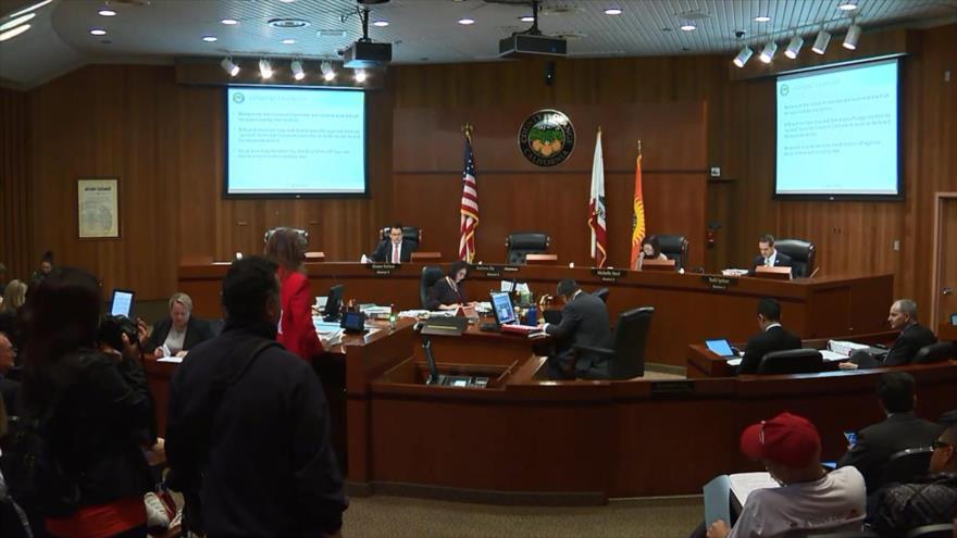 California propone abrir cargos públicos a indocumentados