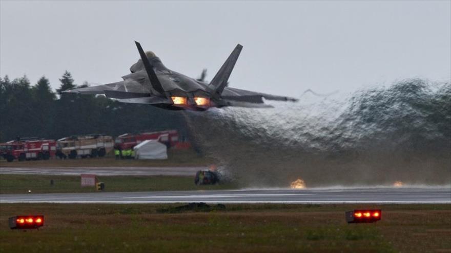 EEUU fabricará F-22 polivalente por amenazas rusa y china