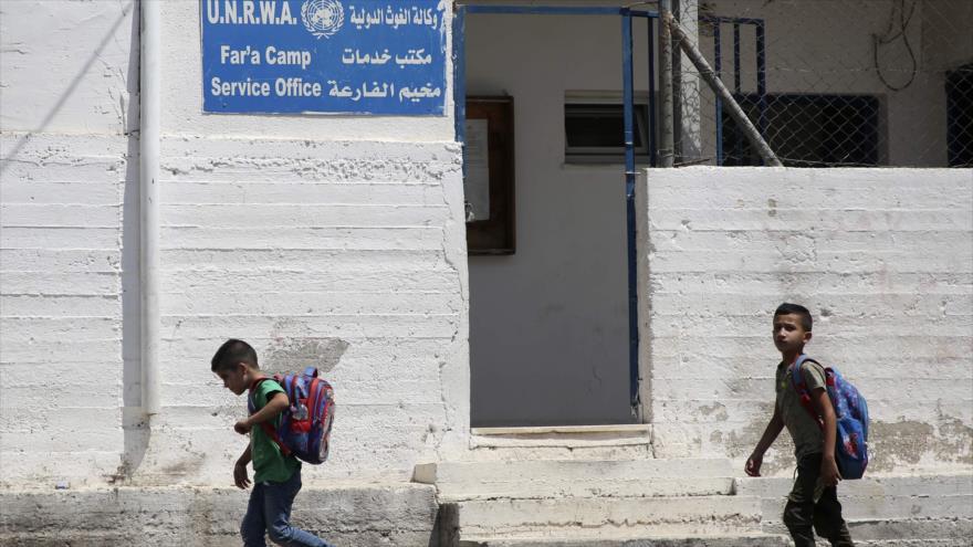 Irán tacha de 'crimen' el recorte de fondos de EEUU a la UNRWA