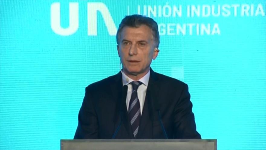 Argentina busca nuevos fondos de FMI para estabilizar su economía