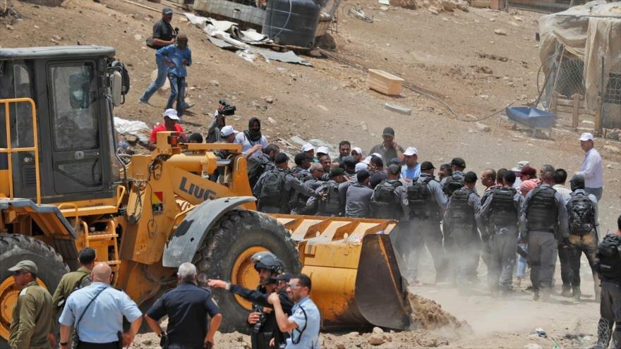 Tribunal israelí aprueba demolición de aldea beduina Jan Al-Ahmar