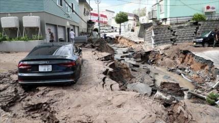 Un fuerte terremoto deja 8 muertos y 40 desaparecidos en Japón